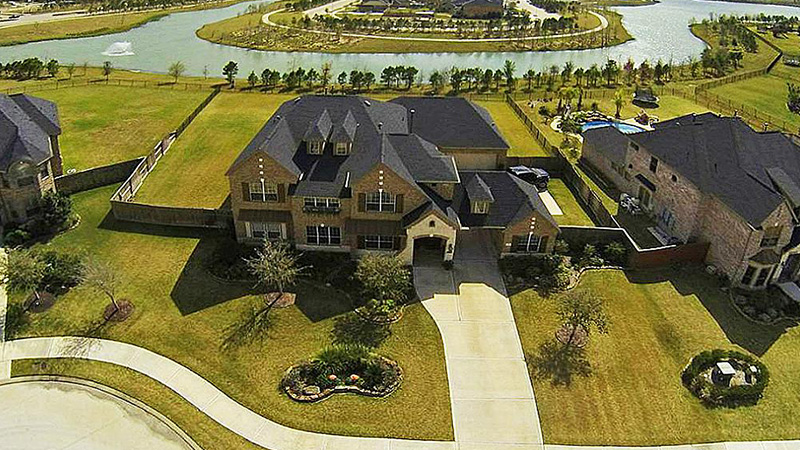 Property management for house rentals, apartment complexes and commercial properties in Fulshear Texas