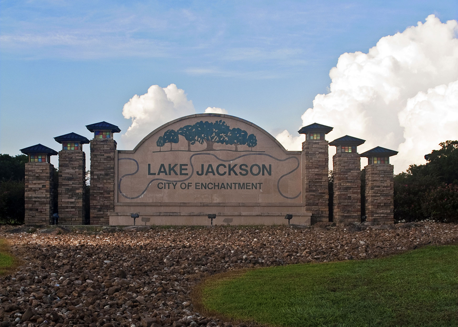 Property management for house rentals, apartment complexes and commercial properties in Lake Jackson Texas