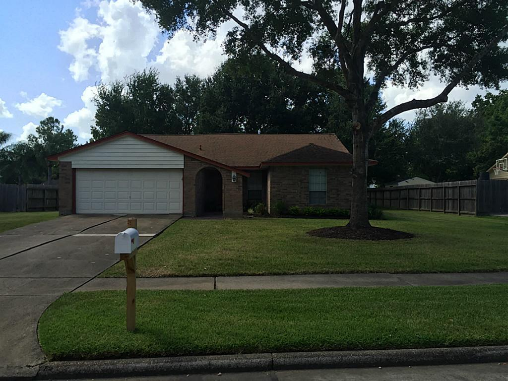 Property management for house rentals, apartment complexes and commercial properties in Friendswood Texas
